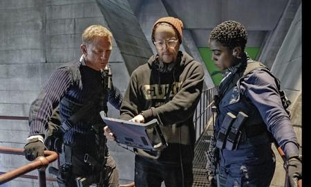 Daniel Craig, Cary Fukunaga y Lashana Lynch