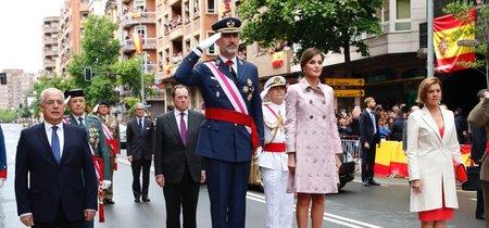 Doña Letizia elige un look a lo Jackie Kennedy en el Día de las Fuerzas Armadas
