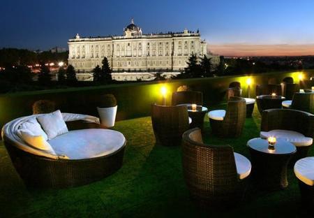 terraza-frente-palacio-real-1.jpg