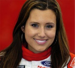 Ashley Force, nacida para correr