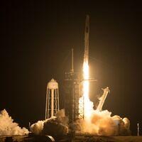 SpaceX y la NASA realizan el lanzamiento de la misión Crew-2: los cuatro astronautas van camino a la Estación Espacial Internacional