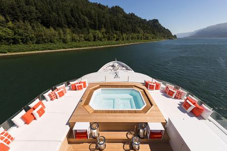 Christensen Yachts y Chasseur: ingeniería y decoración personalizada de babor a estribor
