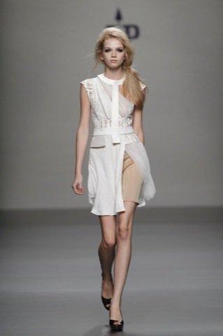 Jesús del Pozo Primavera-Verano 2011 vestido