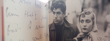 La mejor manera de estudiar la figura de Robert Frank, el fotógrafo que cambió todo