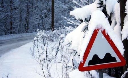Un paseo bajo la nieve en Tallinn