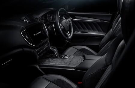 Maserati Ghibli Operanera Operabianca 2021 016