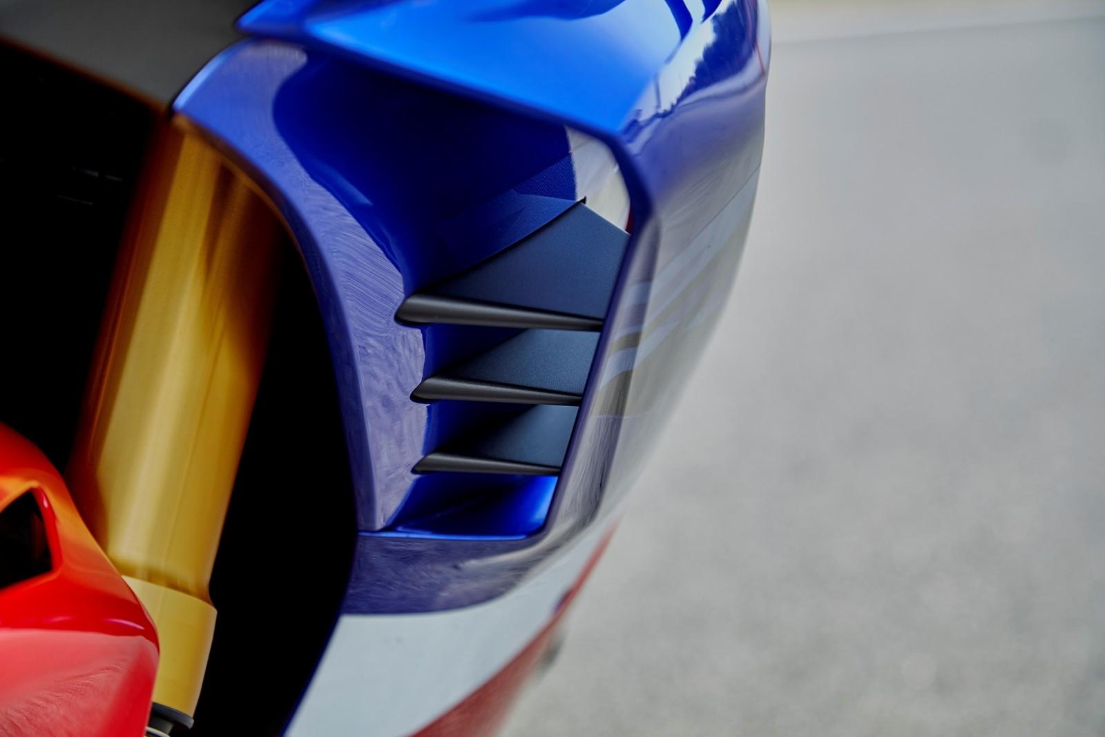 Foto de Honda CBR1000RR-R SP Fireblade 2020 (13/35)