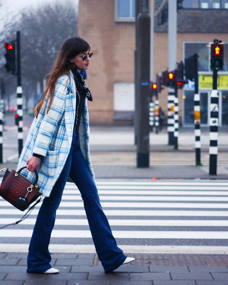 Los 7 imprescindibles que no pueden faltar en el bolso de una working girl