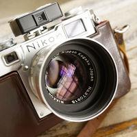 La historia de la cámara Nikon que se ha vendido en subasta por más de 400.000 dólares