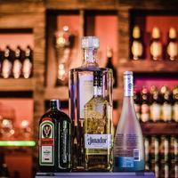 Contra el garrafón, un código QR: el plan del gobierno español para combatir tus peores resacas