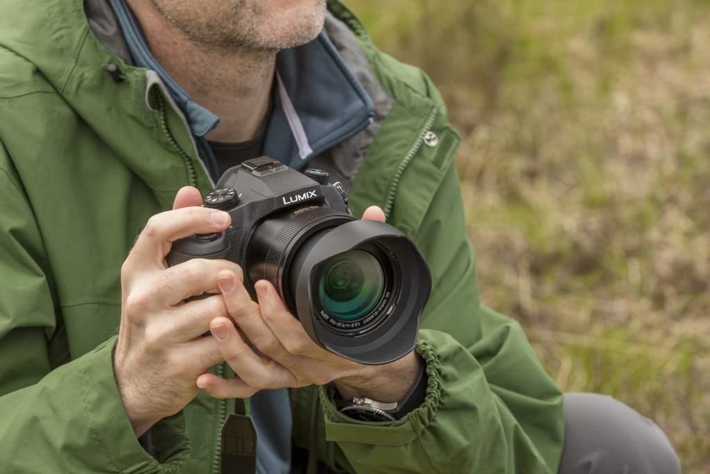 Foto de Panasonic Lumix FZ1000 (1/16)