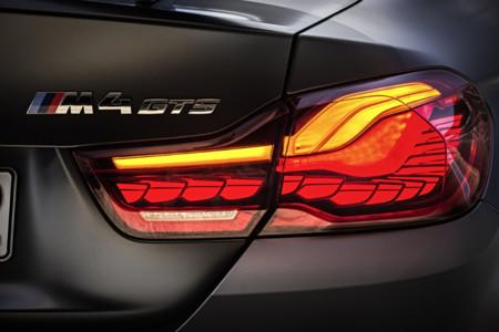 Los pilotos con tecnología OLED del BMW M4 GTS son otro hito que se anota BMW