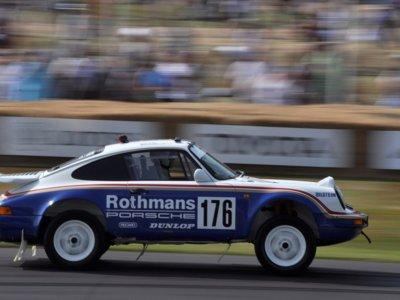 Cuando el Porsche 911 corría en raids dejaba imágenes tan bonitas como éstas
