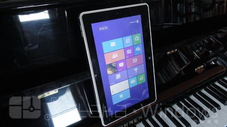 Gigabyte S1082 pantalla en vertical