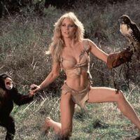 Ha muerto Tanya Roberts, chica Bond en 'Panorama para Matar', antes en 'Los ángeles de Charlie' y 'Sheena, reina de la selva'