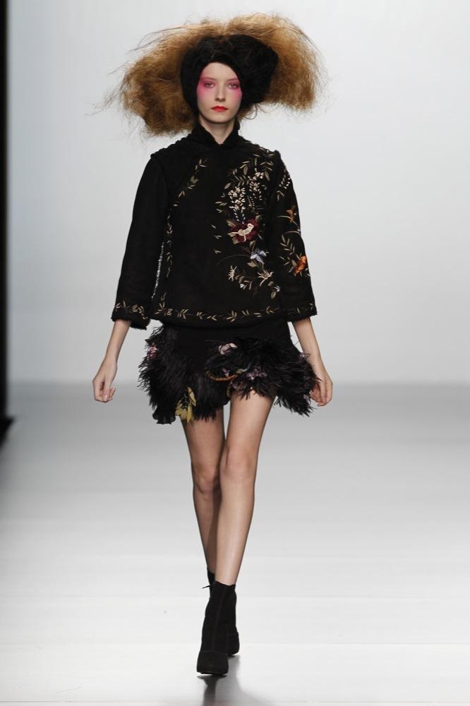 Foto de Elisa Palomino en la Cibeles Madrid Fashion Week Otoño-Invierno 2011/2012 (3/30)