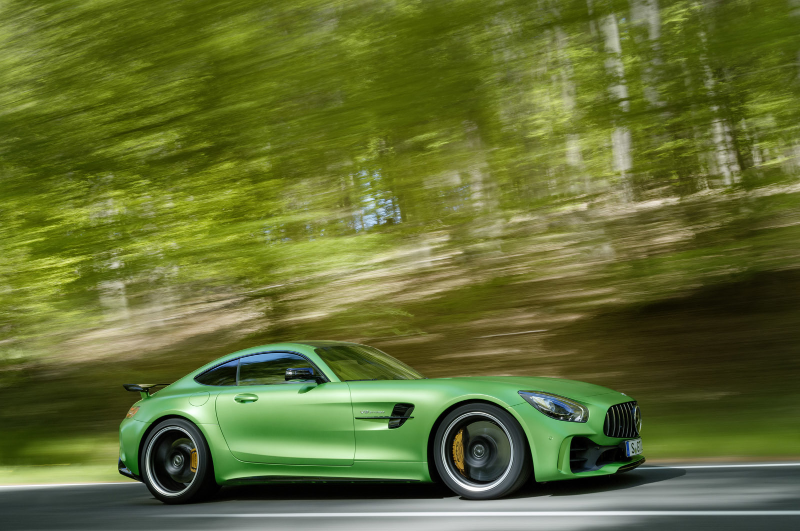 Foto de Mercedes-AMG GT R (19/30)