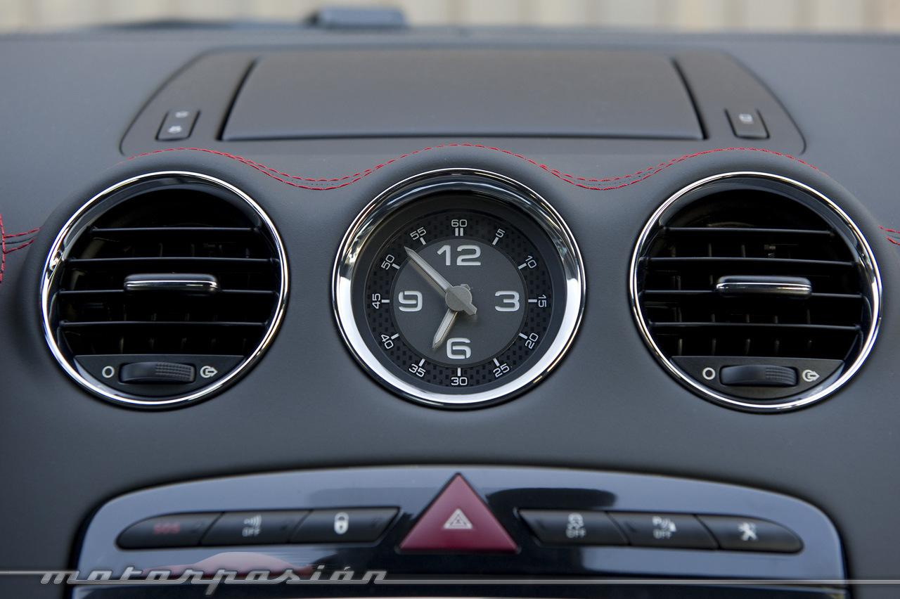 Foto de Peugeot RCZ R (prueba) (24/35)
