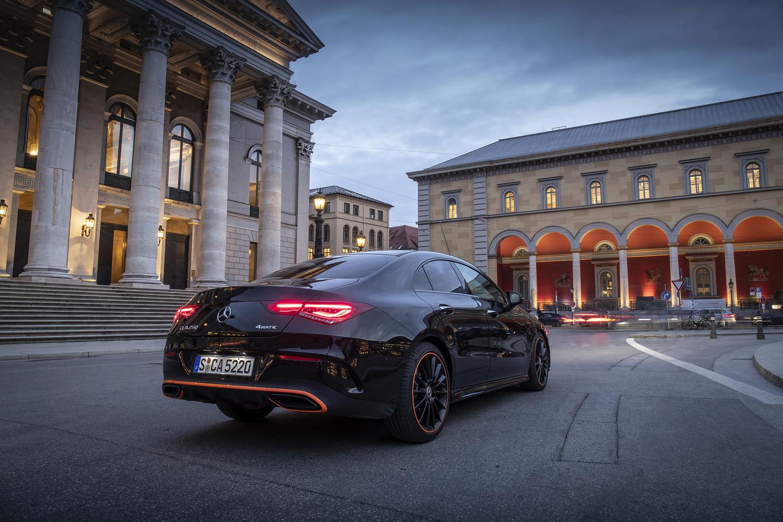 Foto de Mercedes-Benz CLA Coupé 2019, toma de contacto (152/248)