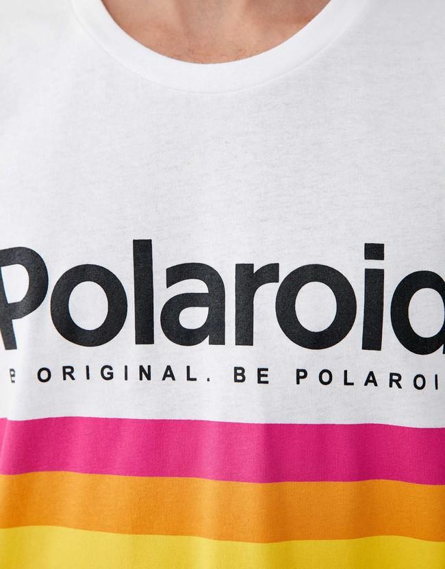 Nostalgia analógica: Pull&Bear y Polaroid vuelven a las instantáneas de moda (otra vez)