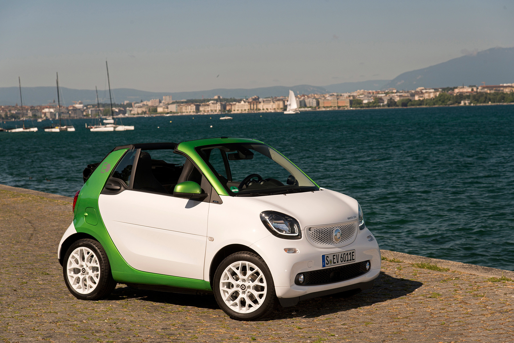 Foto de Smart FortTwo Cabrio Electric Drive (5/9)