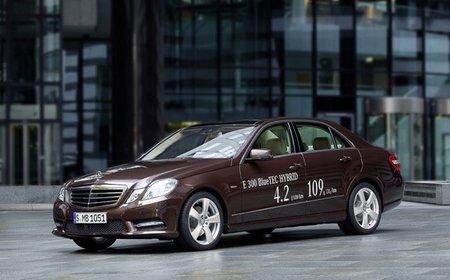 Mercedes confirma el E 300 BlueTEC y el E 400 HYBRID