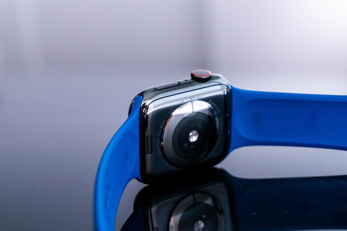 Cómo personalizar la respuesta háptica en la corona digital del Apple Watch