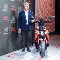 La SEAT e-Scooter es la primera moto eléctrica de SEAT: 115 km de autonomía para el carnet de coche