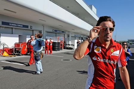 Fernando Alonso cree que Lewis Hamilton hace bien dejando McLaren