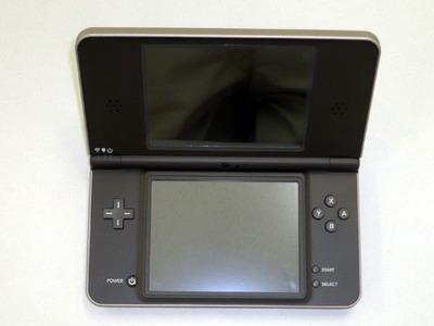 Nintendo DSi XL, así son sus entrañas