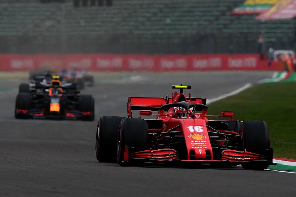 Portazo de Renault y Ferrari a Red Bull Honda: se niegan a la congelación de los motores de la Fórmula 1