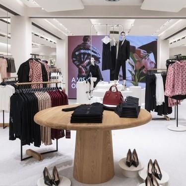 Zara (y todo Inditex) vuelven a las tiendas para enviar de forma 'online' la ropa que quedó colgada en sus perchas