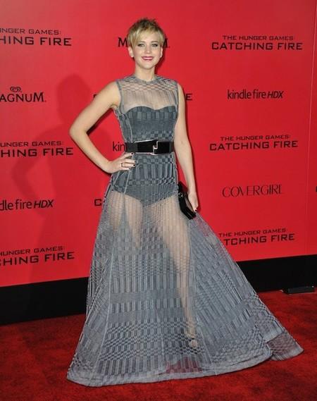 Nosotros pasando frío y Jennifer Lawrence con semejantes transparencias...