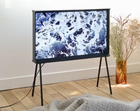 Serif TV, el televisor más decorativo de Samsung, ya está disponible en España