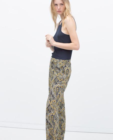 Pantalones estampados de Zara