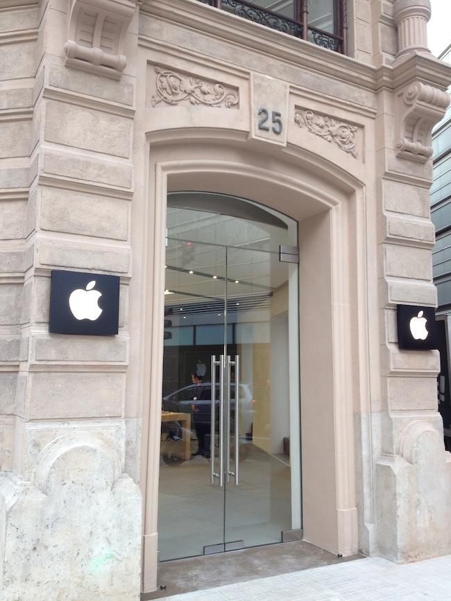 Foto de Apple Store Calle Colón (Valencia) (40/90)