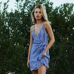 13 firmas de moda que le hacen la competencia a Zara y prometen