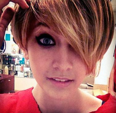 "Paris Jackson se hace un ""Miley Cyrus"""