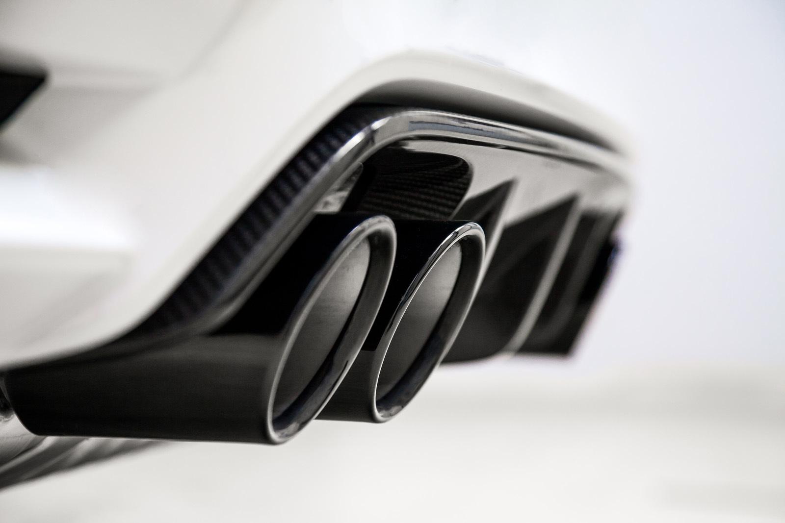 Foto de BMW M4 CS (46/60)