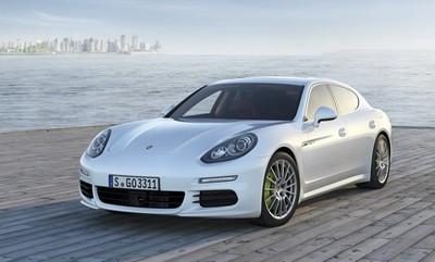 El Porsche Pajun podría venderse sólo como eléctrico