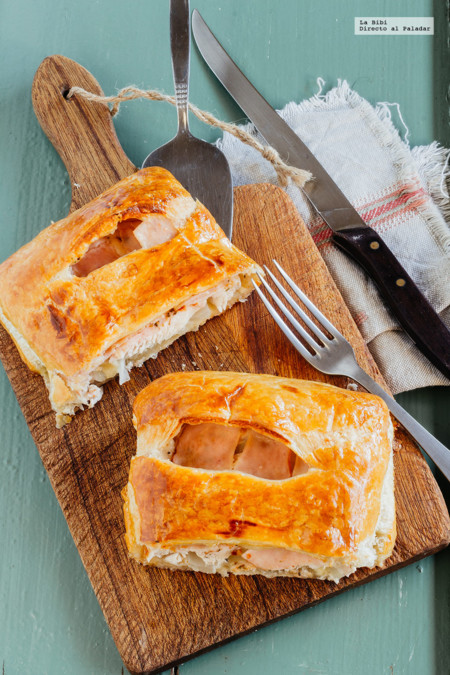 Hojaldre de pollo, jamón y queso. Receta