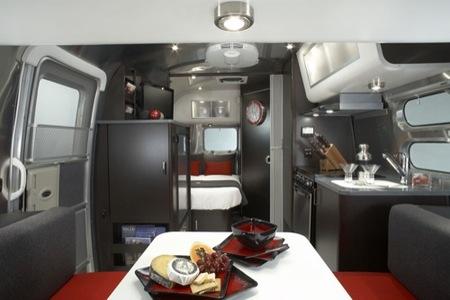 La caravana de lujo, una obra de Airstream y Victorinox