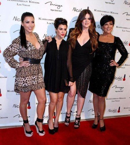 Al klan Kardashian le va la cañita brava