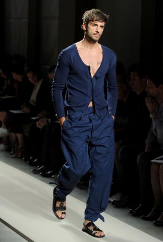 Foto de Bottega Veneta, Primavera-Verano 2011 en la Semana de la Moda de Milán (1/16)