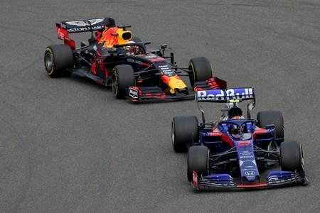 La sequía de su cantera preocupa a Red Bull, que se huele una espantada de Max Verstappen a Mercedes