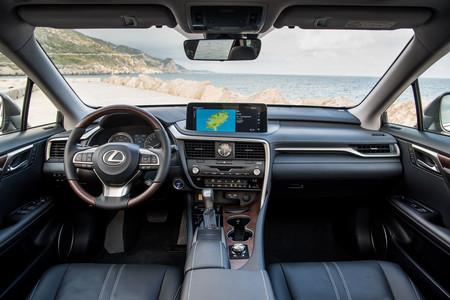 Lexus RX450h 2020 interior