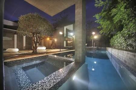 pinnacle-piscina.