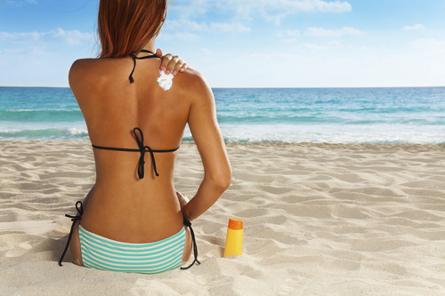 Guía para comprar la crema solar adecuada