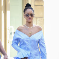 ¡Rihanna se refina por un instante luciendo esta blusa que (aun pareciendo de Zara) le ha costado 310 euros!