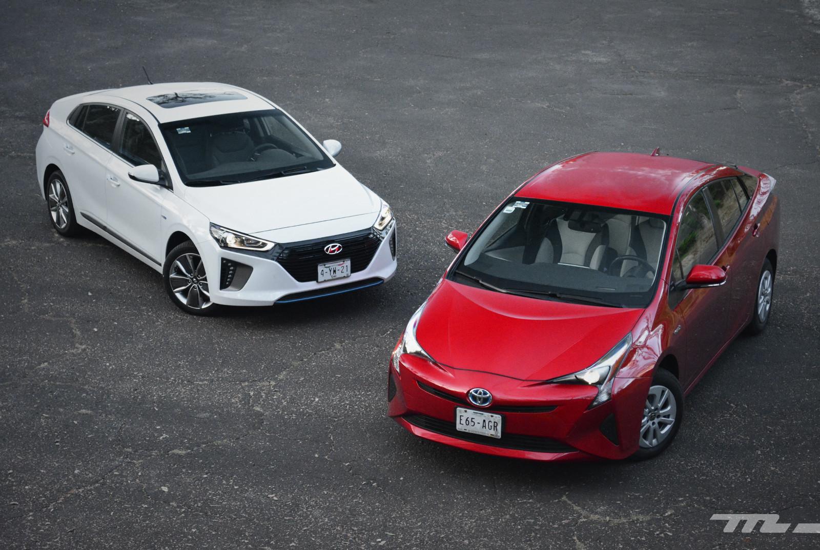 Foto de Hyundai Ioniq vs. Toyota Prius (8/22)